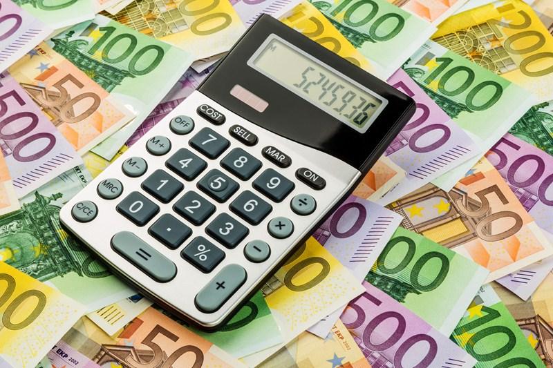 Kabinet kondigt bronbelasting op dividenden aan